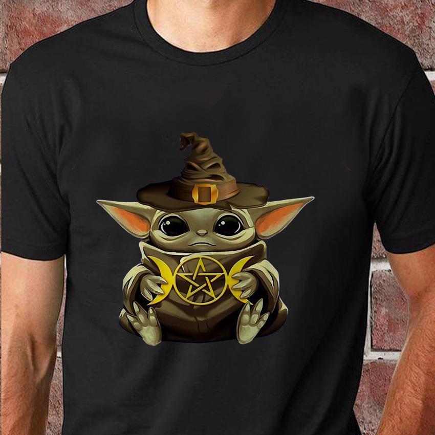 Baby Yoda hug Harry Potter symbol t-shirt
