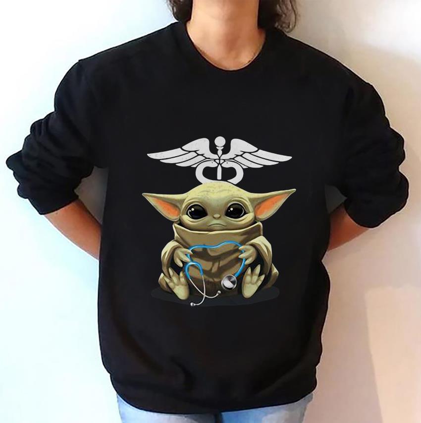 Baby Yoda hug stethoscope nurse sweat-shirt