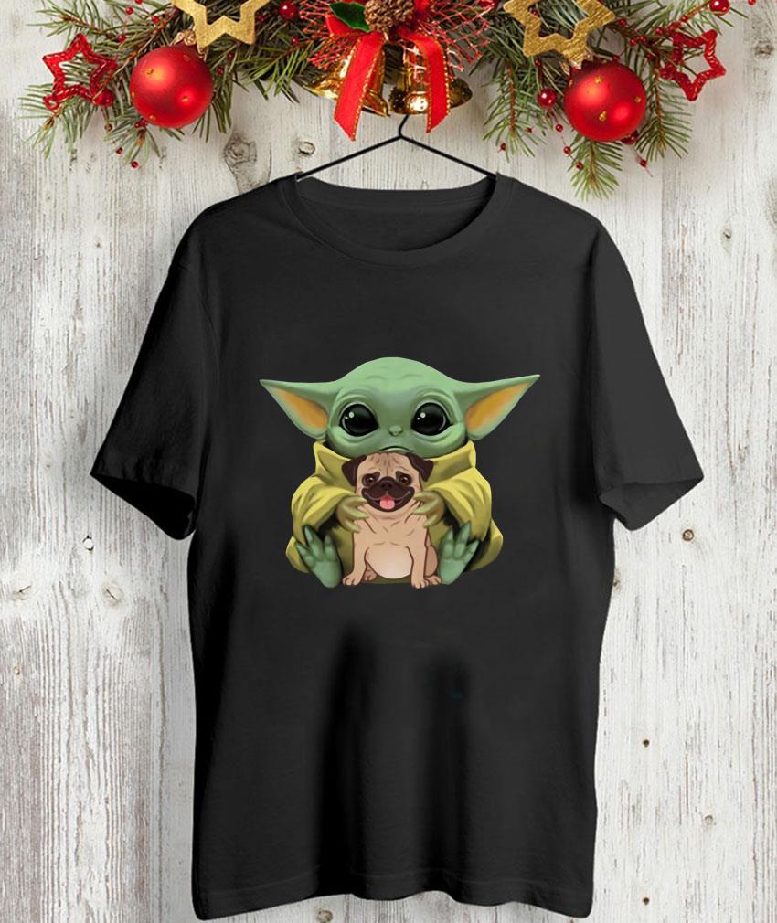 Baby Yoda Mandalorian hugs Pug dog unisex-shirt