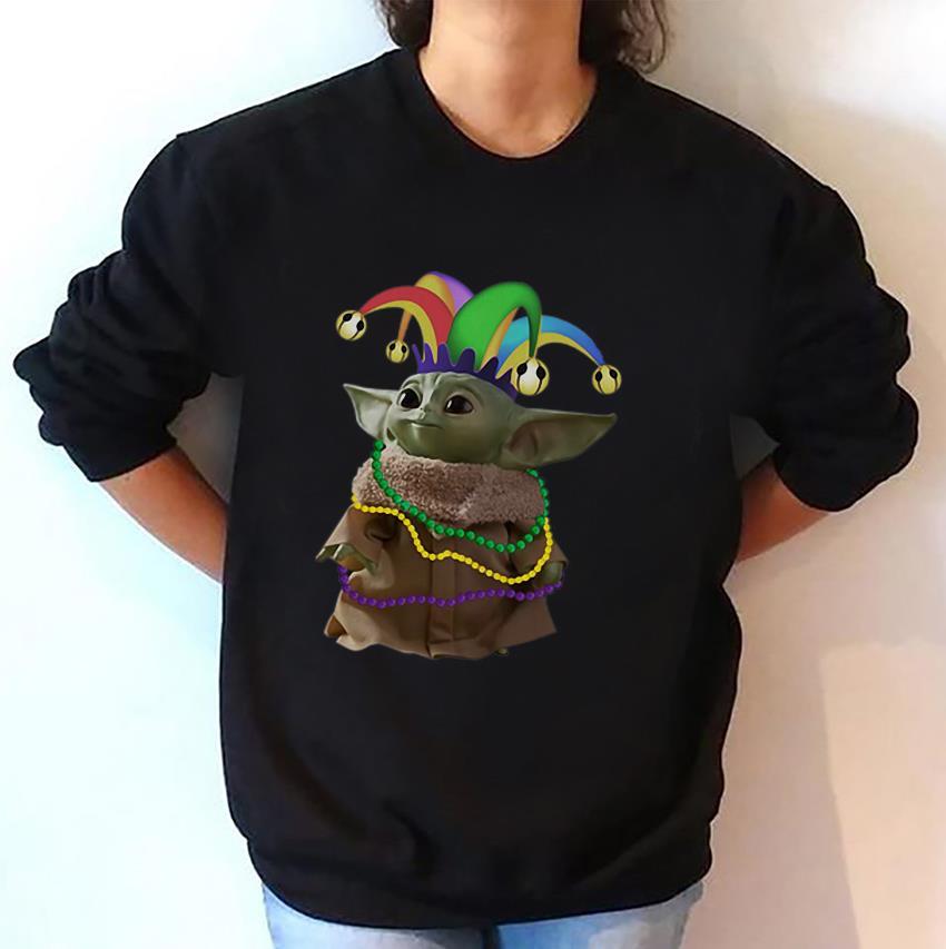 The Mandalorian Baby Yoda Mardi Gras sweat-shirt