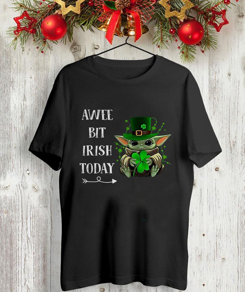 Mandalorian Baby Yoda a wee bit Irish today unisex t-shirt