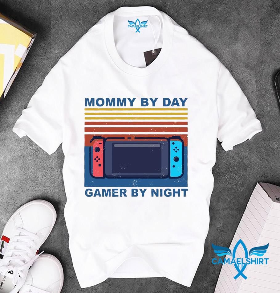 Mommy by day gamer by night vintage retro unisex t-shirt