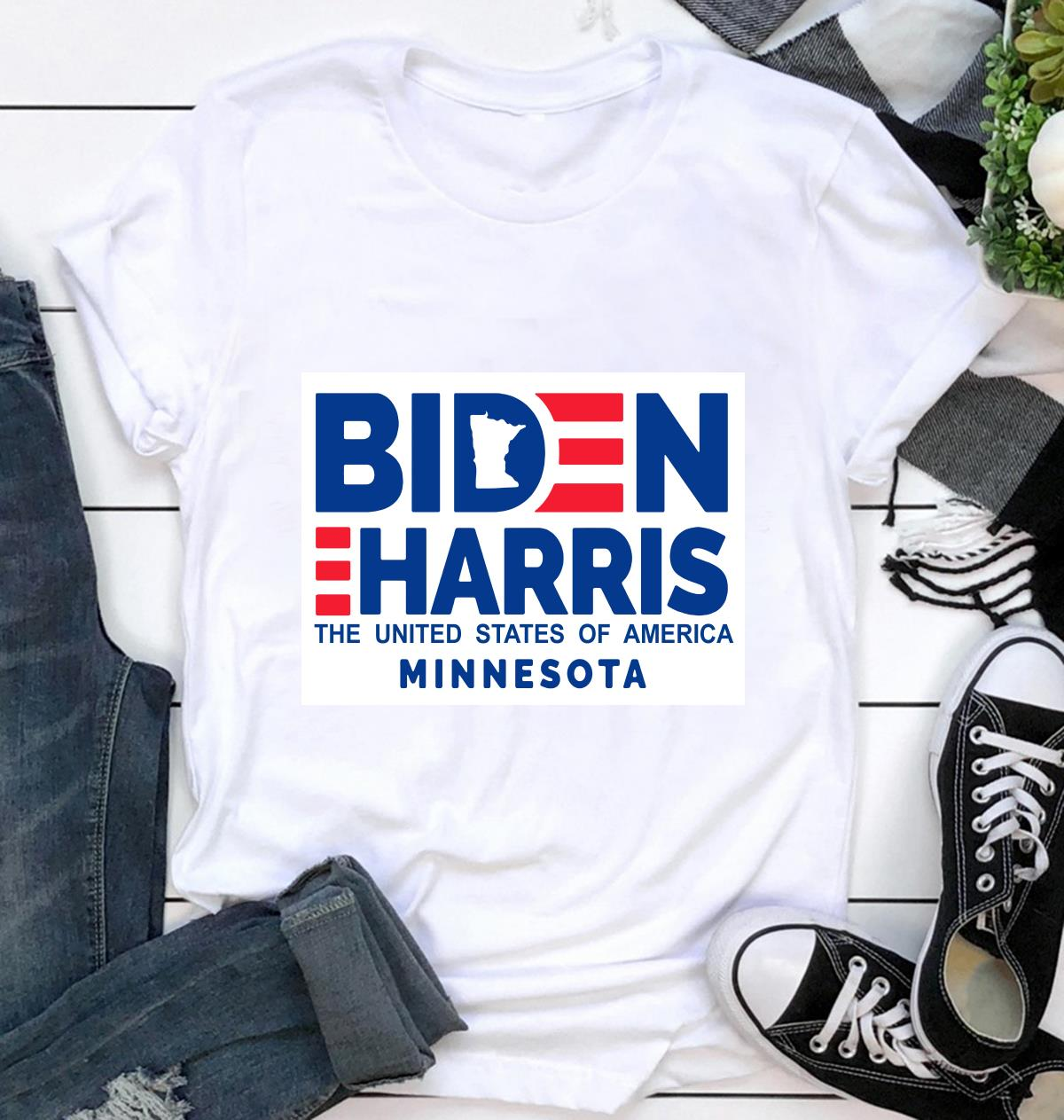 Minnesota for Biden Harris 2020 yard side ca