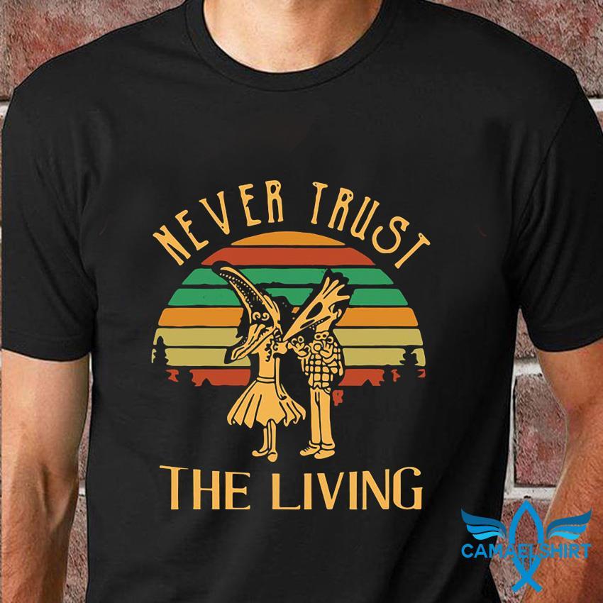 Beetlejuice never trust the living vintage t-shirt