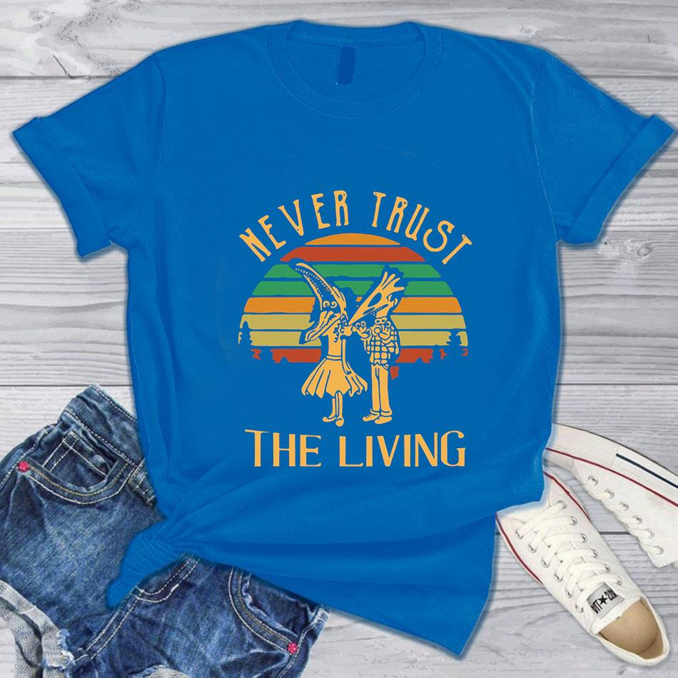 Beetlejuice never trust the living vintage t-s blue