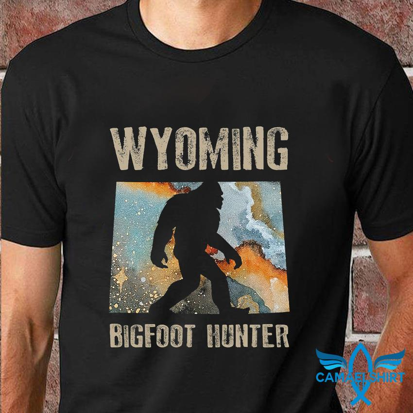 Wyoming Bigfoot hunter water color t-shirt