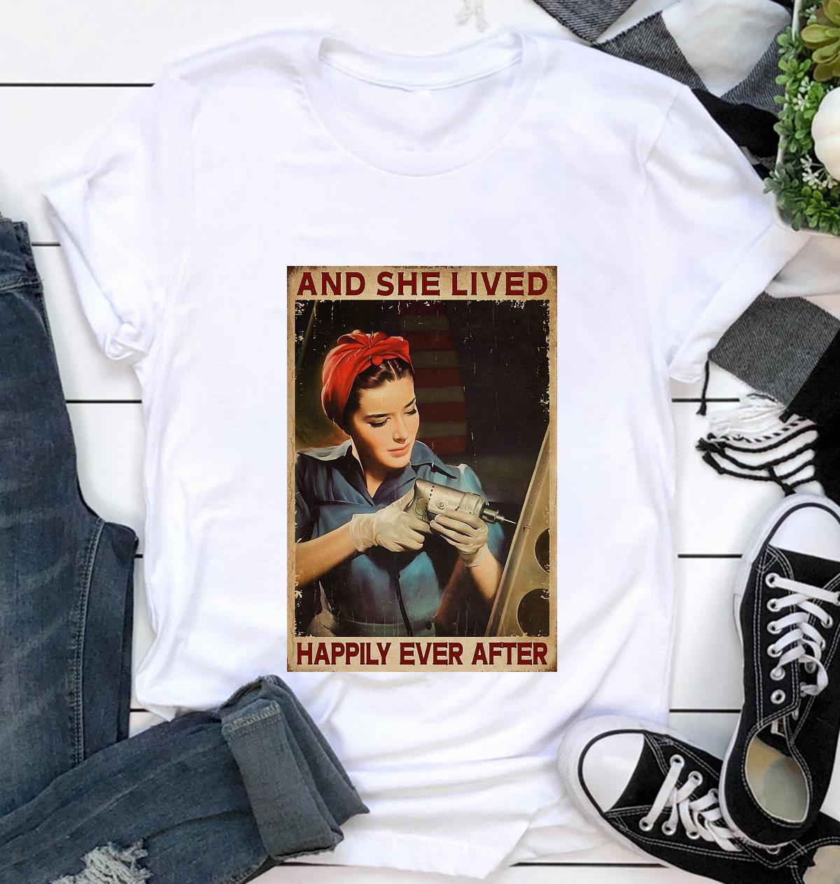 Female Electrician and she lived happily ever after poster canvas t-shirt