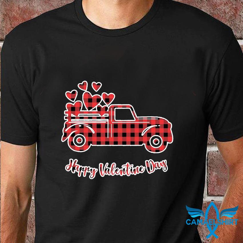 Buffalo plaid valentine truck with heart t-shirt